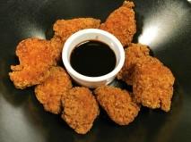 Bocados de pollo de corral